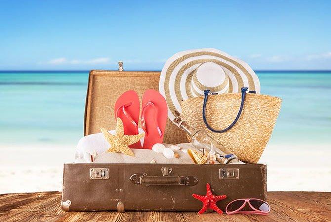O que levar na mala de viagem para a praia